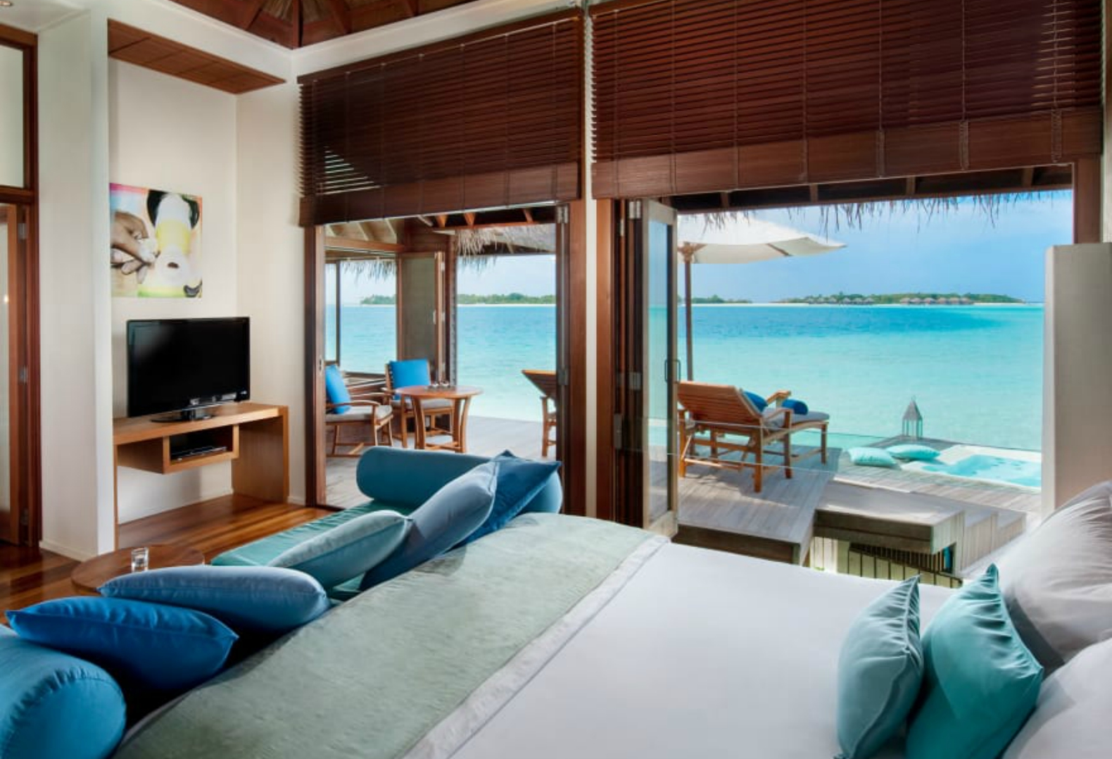 Sleep In This Amazing Underwater Hotel Room At The Conrad Maldives