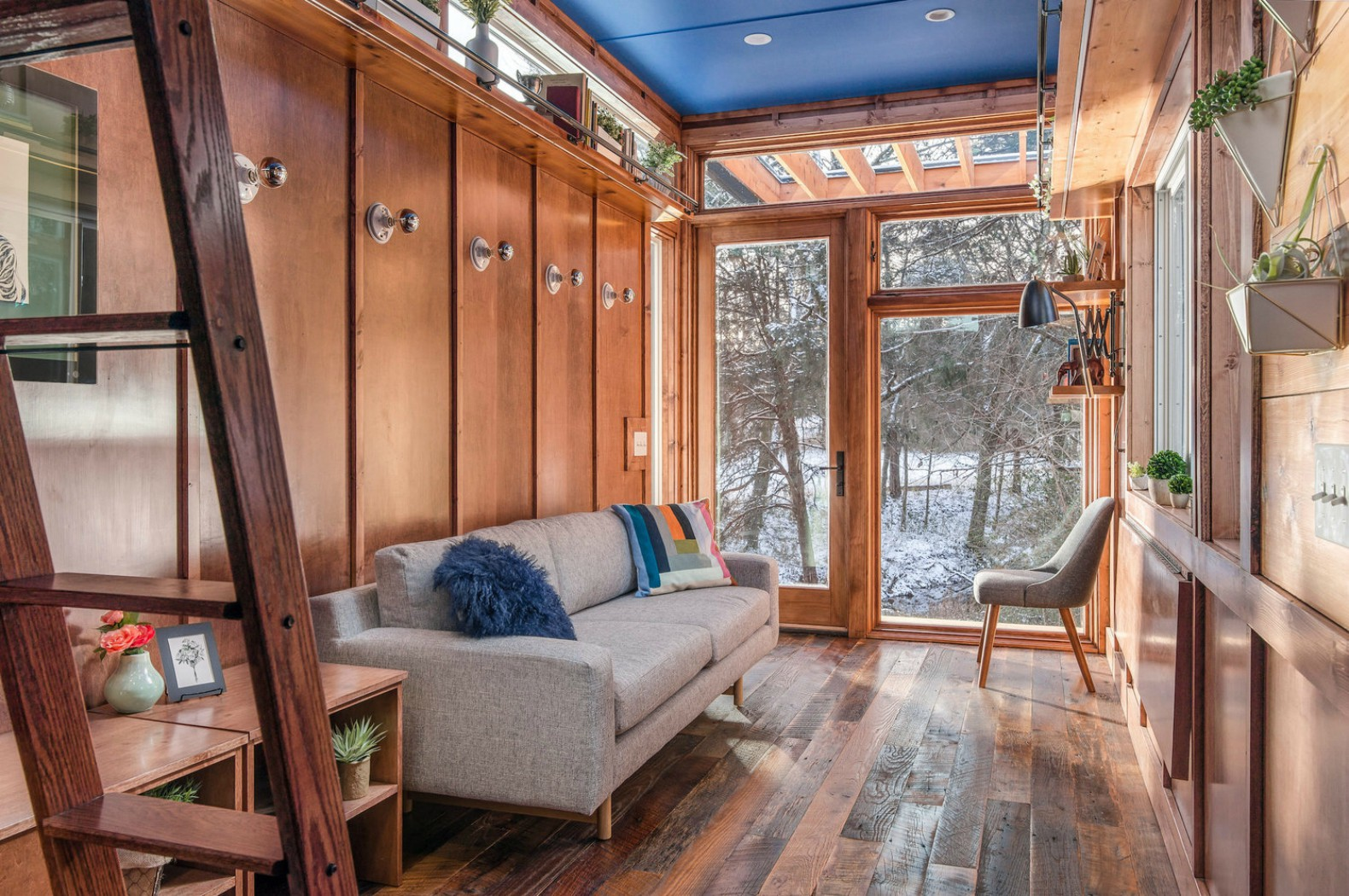 Tiny Home Design: New Frontier's Cornelia Tiny Home Is A Writer's Studio