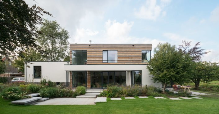 O2 Studio renovated an old Netherlands home into a gorgeous energy-neutral villa