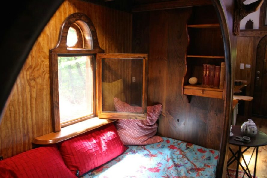 window open in the old time caravan