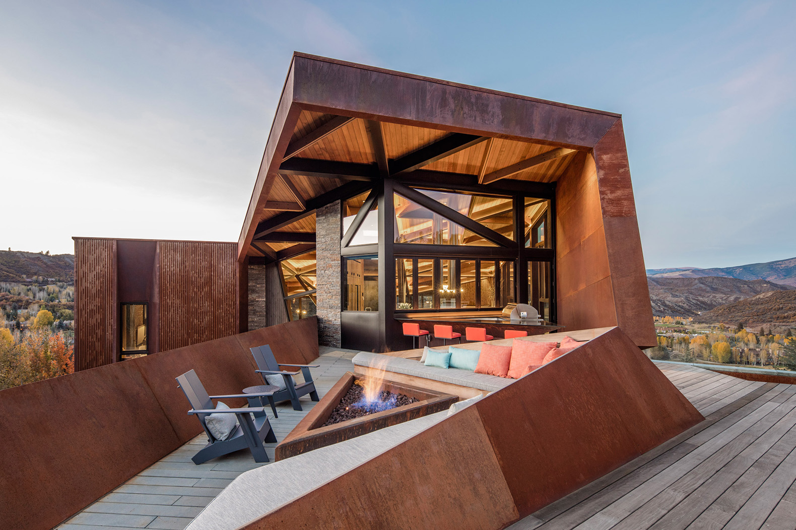 This house from Skylab Architecture mimics the appearance of the Rocky Mountains