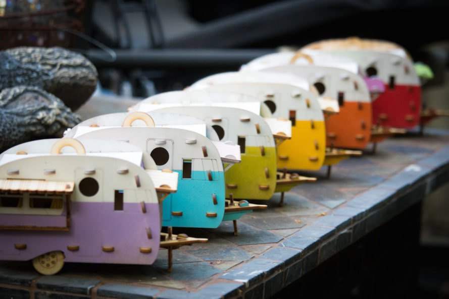color view Vintage Camper Birdhouse by One Man One Garage