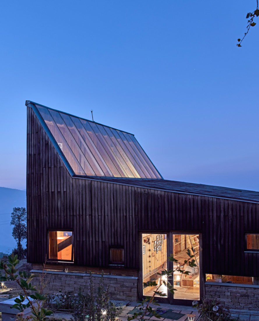 Night view Woodhouse Farm by Matra Architects