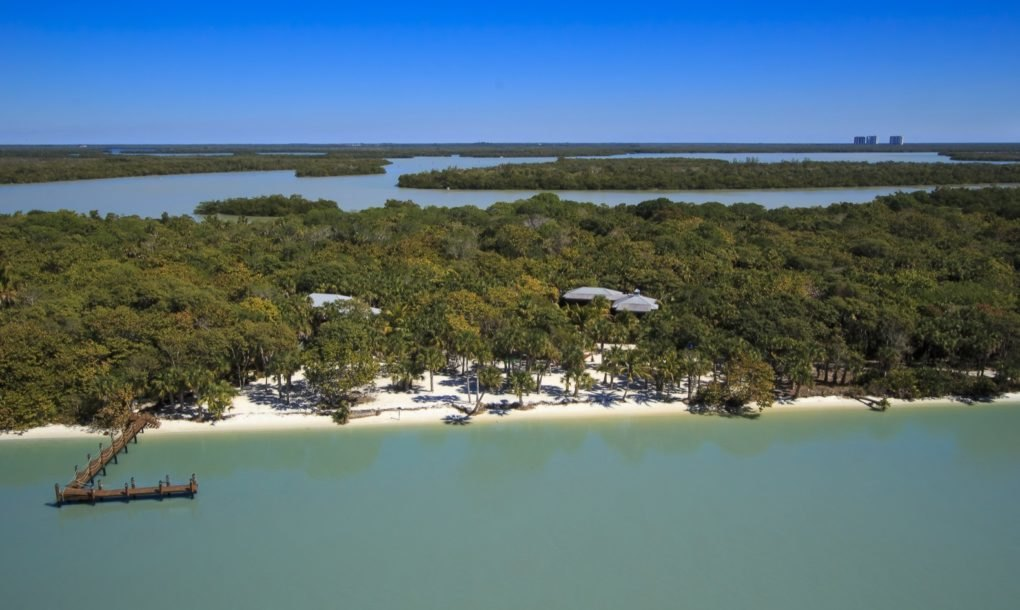 Off grid island home in florida hits the market for 1m for Little island design