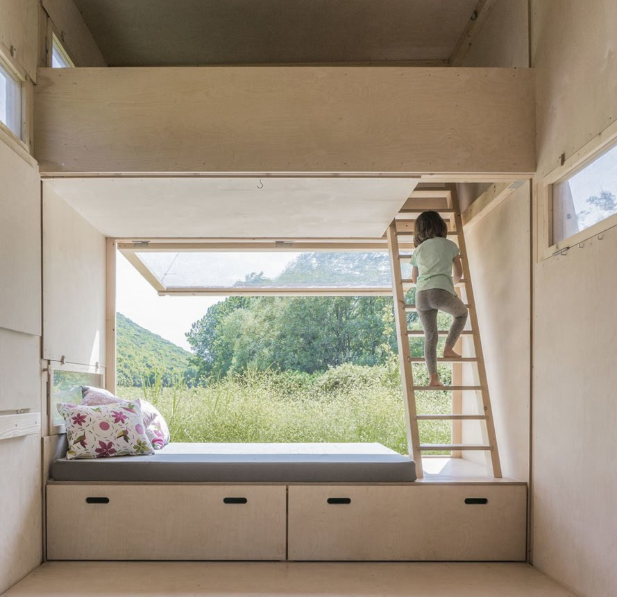 bedroom Cabin on the Border by SO? Architecture & Ideas