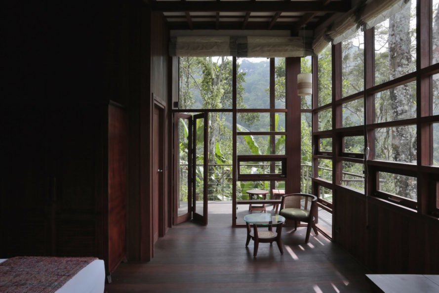 interior of the cabins at Cardamom Club by Kumar La Noce
