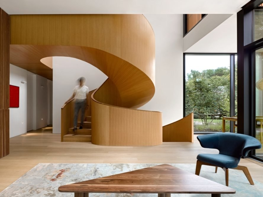 spiral staircase House on Ancaster Creek by Williamson Williamson