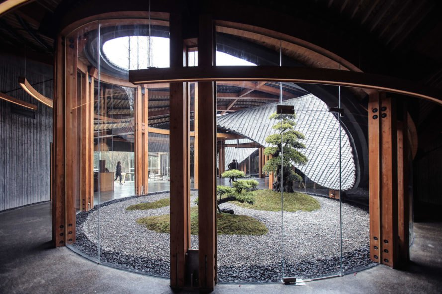 interior courtyard In Bamboo by Archi-Union Architects