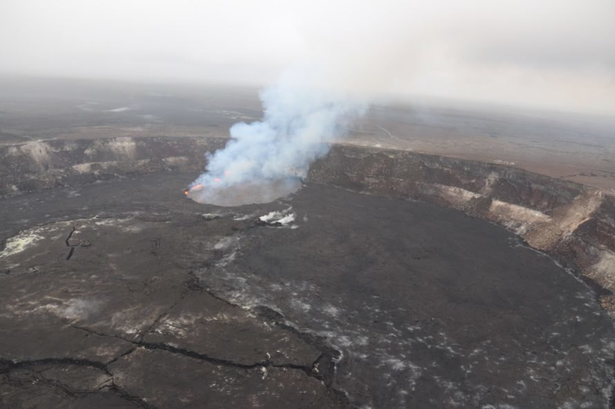 Geologists say Puna quakes similar to events leading to 1955 eruption