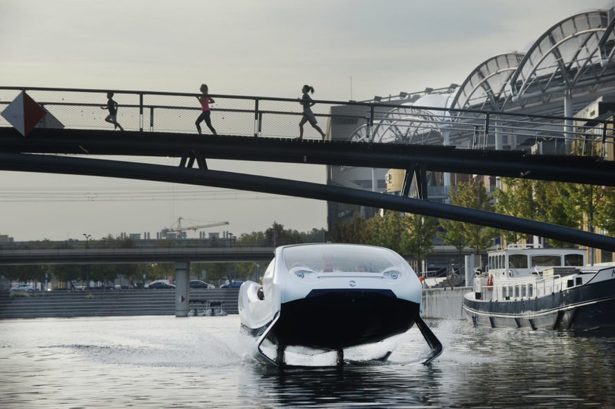 The SeaBubble on a river in Lyon