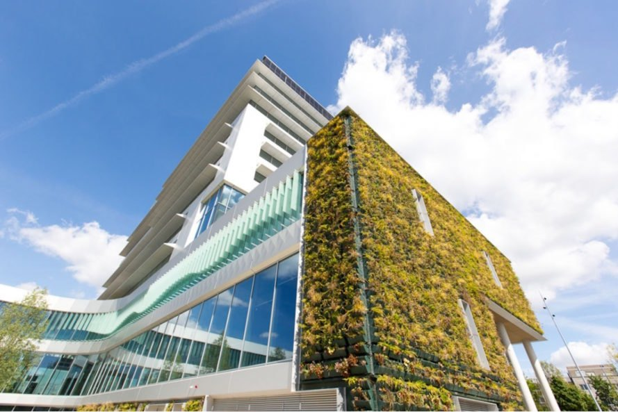 Green wall Venlo City Hall by Kraaijvanger Architects