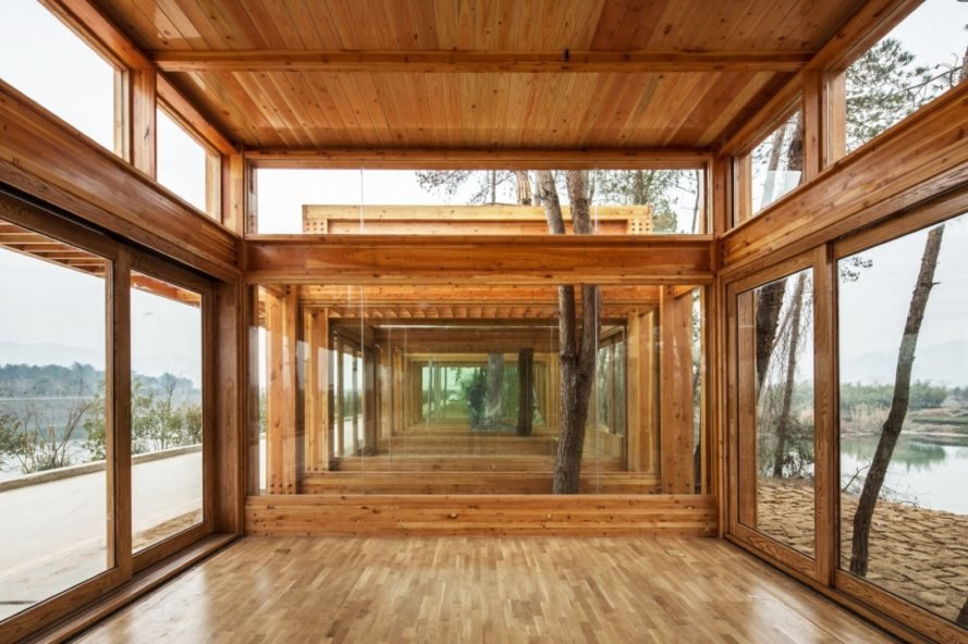 exposed structural timber