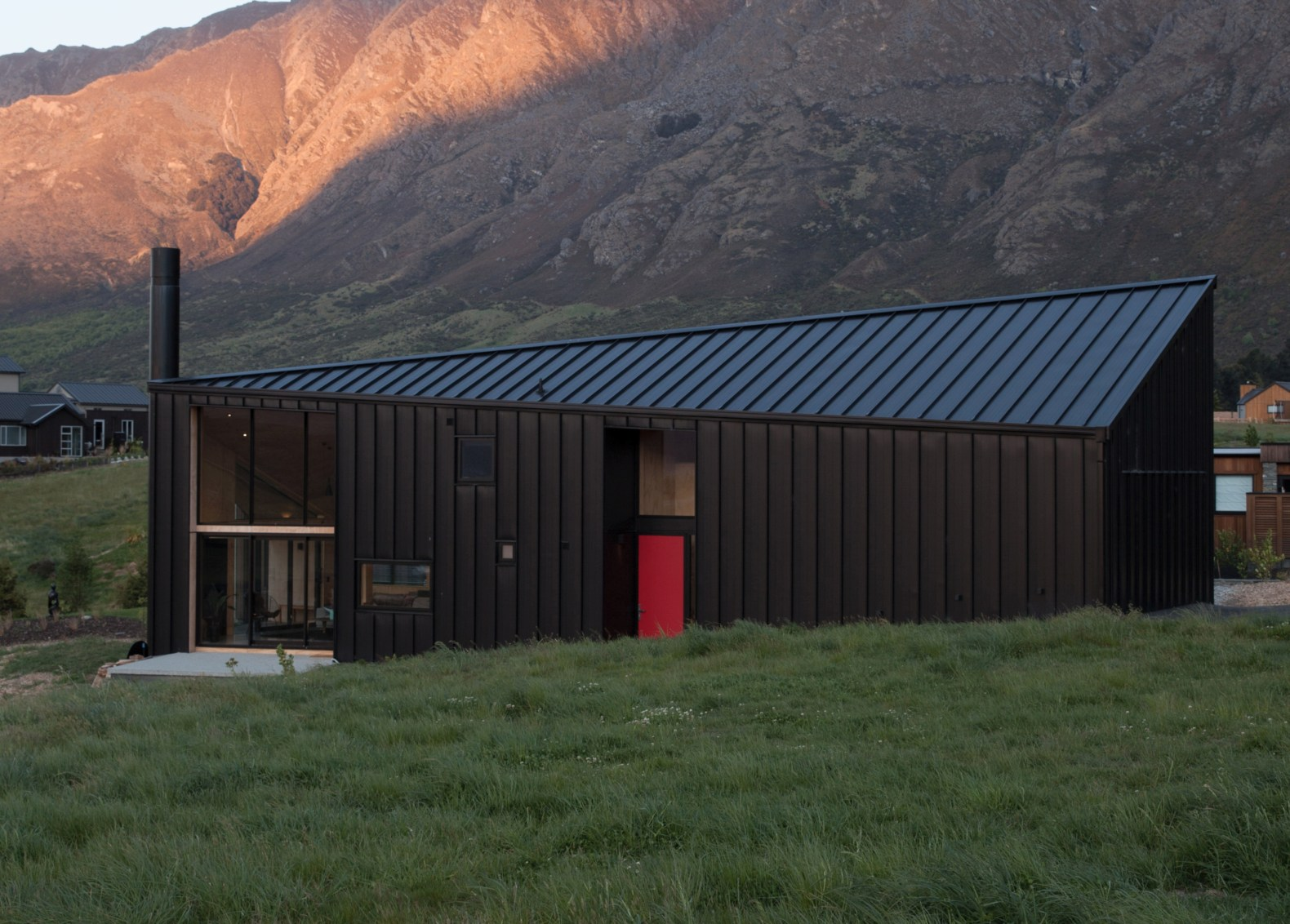 Find your zen in this tiny cabin tucked into New Zealand's idyllic landscape