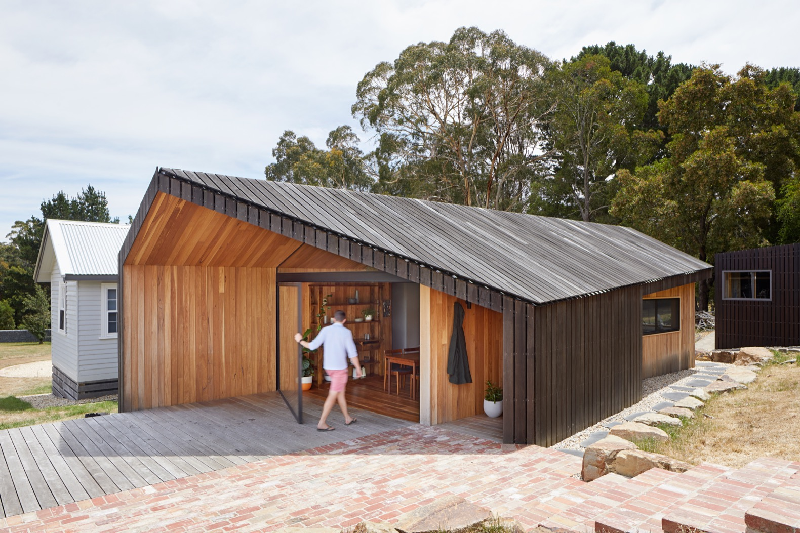 Handsome timber clad extension embraces australias great outdoors