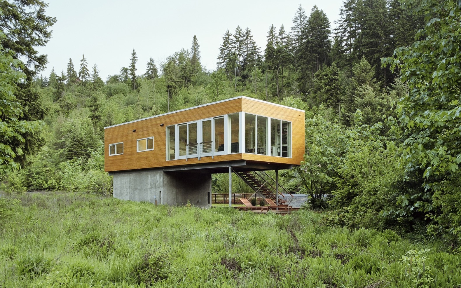 Hood River retreat boasts minimal environmental impact