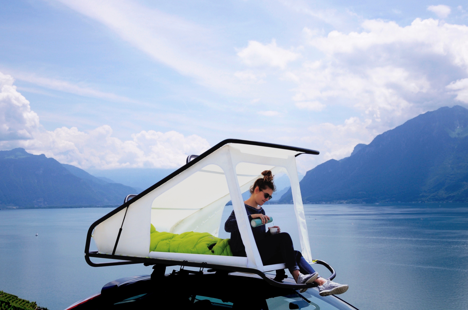 Sebastian Maluska's pop-up rooftop tent converts any car into a camper