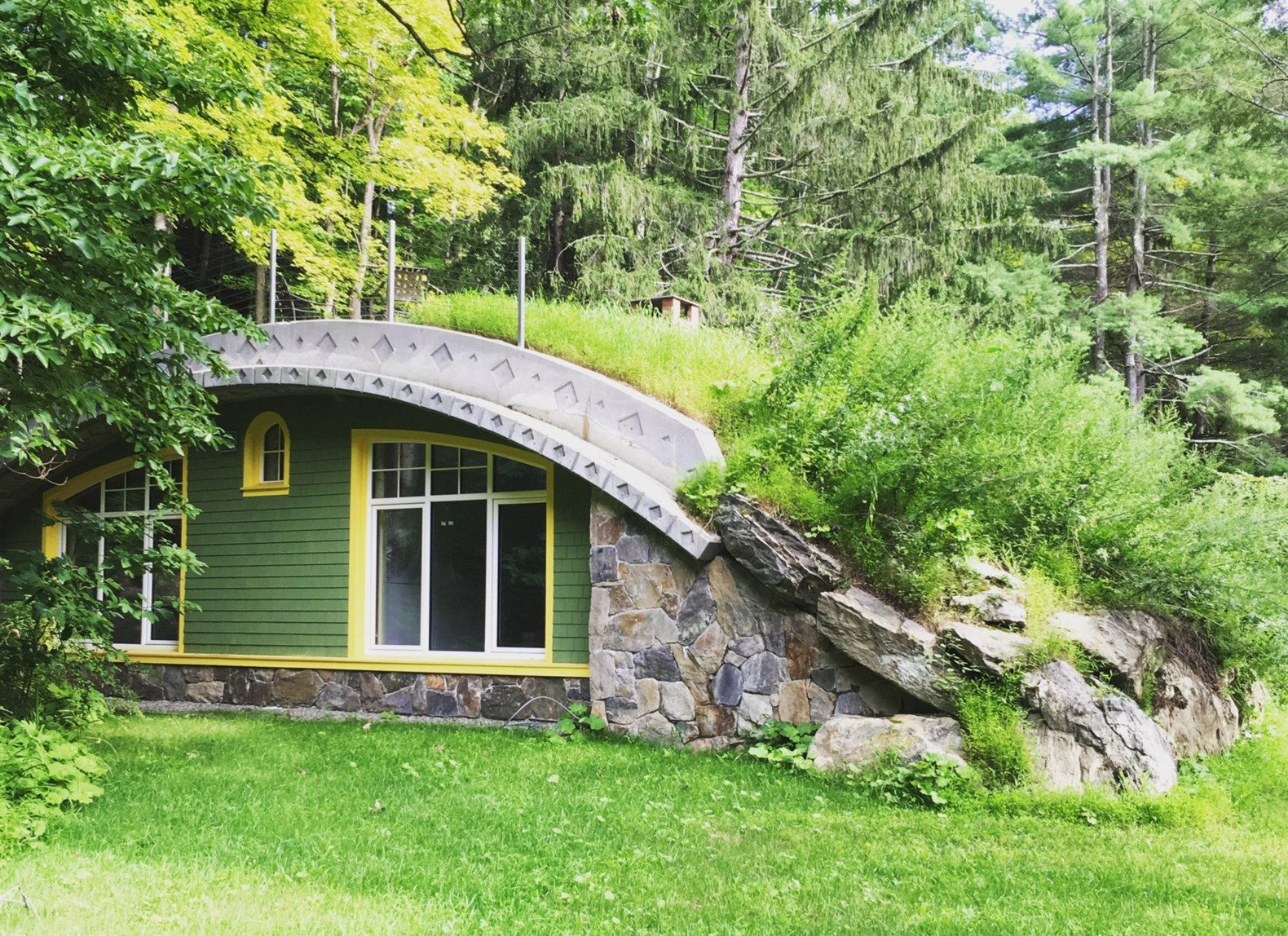 Ny Man Spends 6 Years Building Energy Efficient Hobbit Home