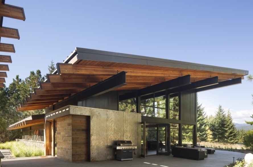 This beautiful Washington cabin meets net-zero targets even in extreme temperatures