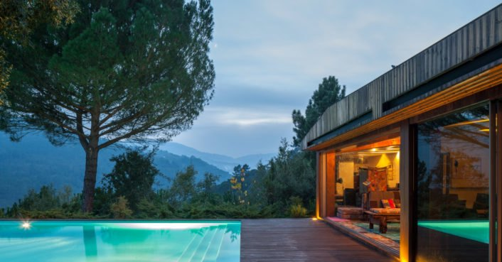A minimalist home in Portugal emphasizes stunning valley views
