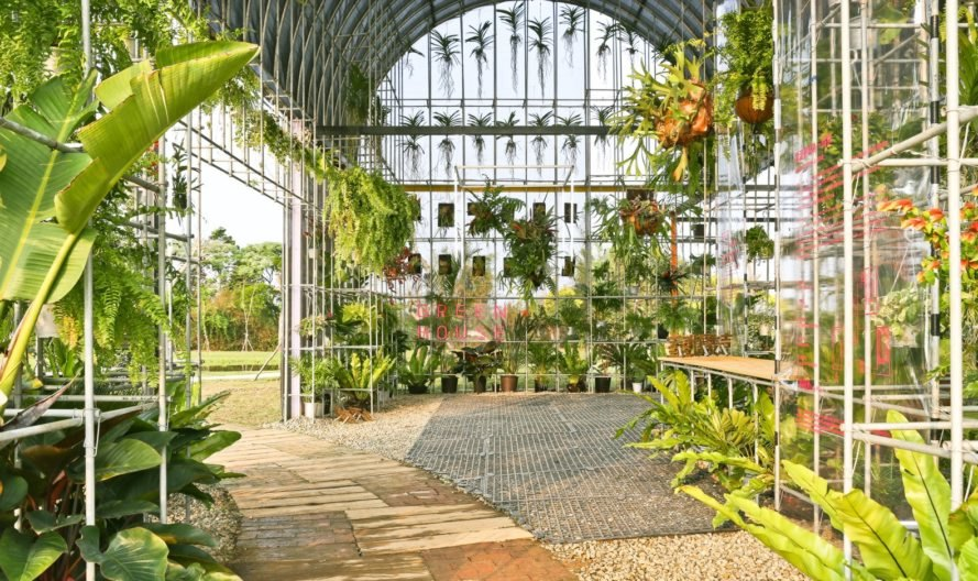 Fabulous A Greenhouse Is Transformed Into Experimental Living Space Complete Home Design Collection Barbaintelli Responsecom