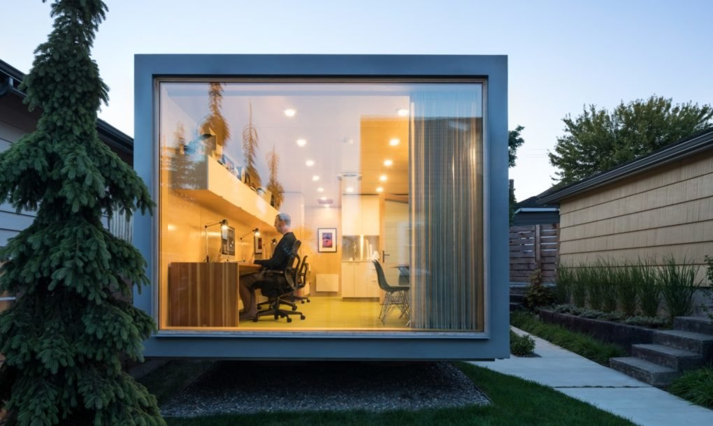 Architect crafts a new work studio from an old shipping container