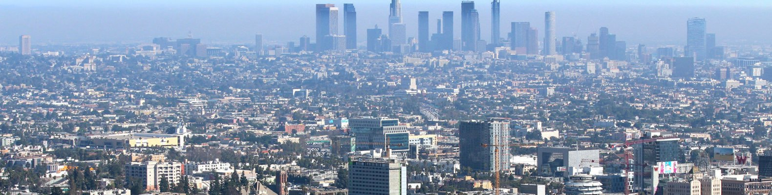 Cropped close-up of aerial view of Los Angeles with heavy smog