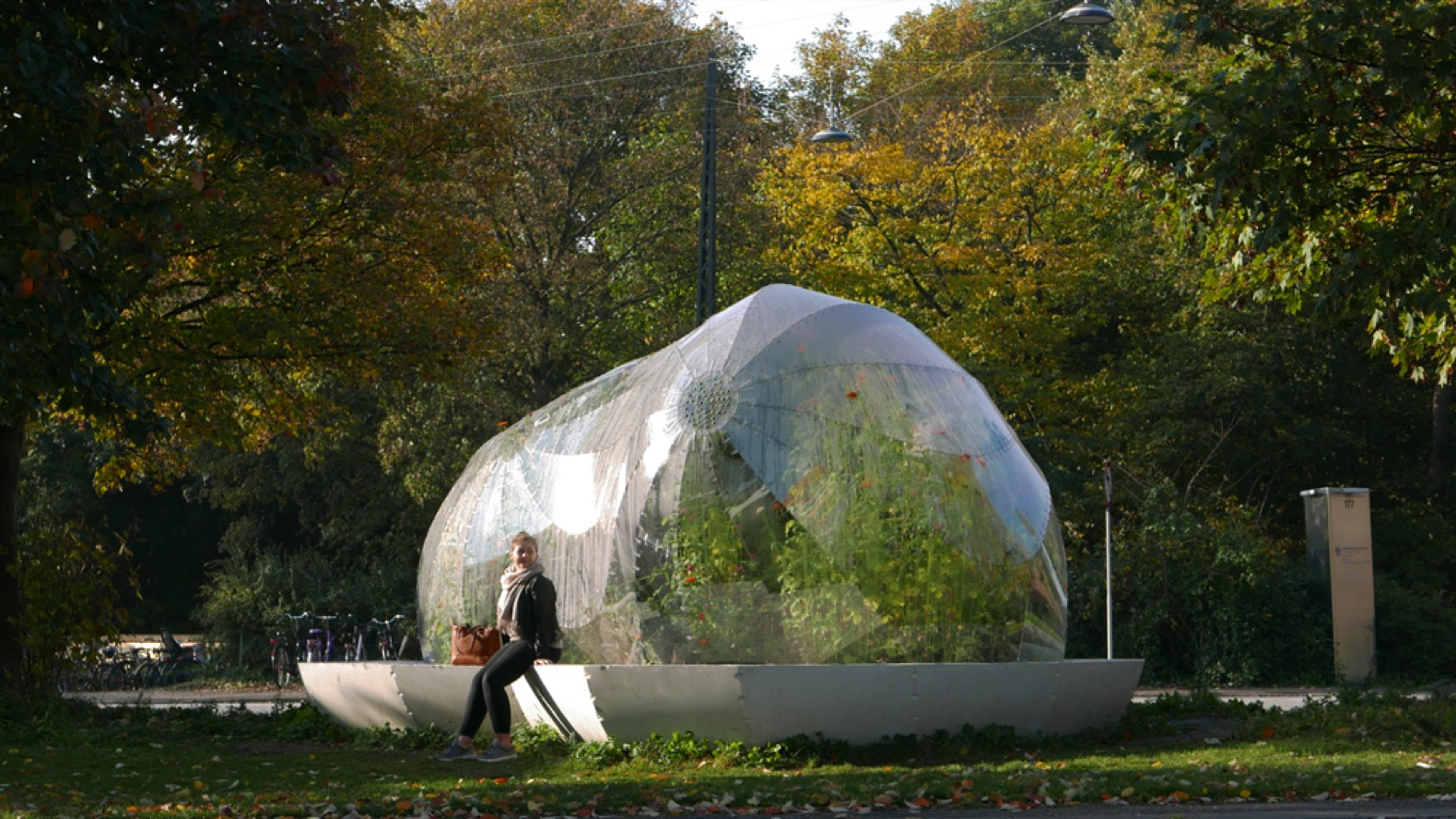 An experimental greenhouse pops up at a busy Copenhagen intersection