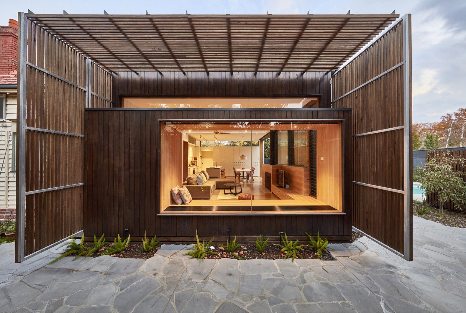 The Screen House comfortably and sustainably connects with the outdoors