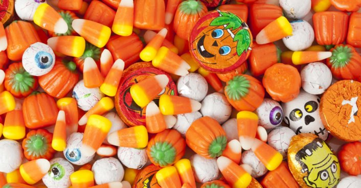 This year, dish out these eco-friendly Halloween treats