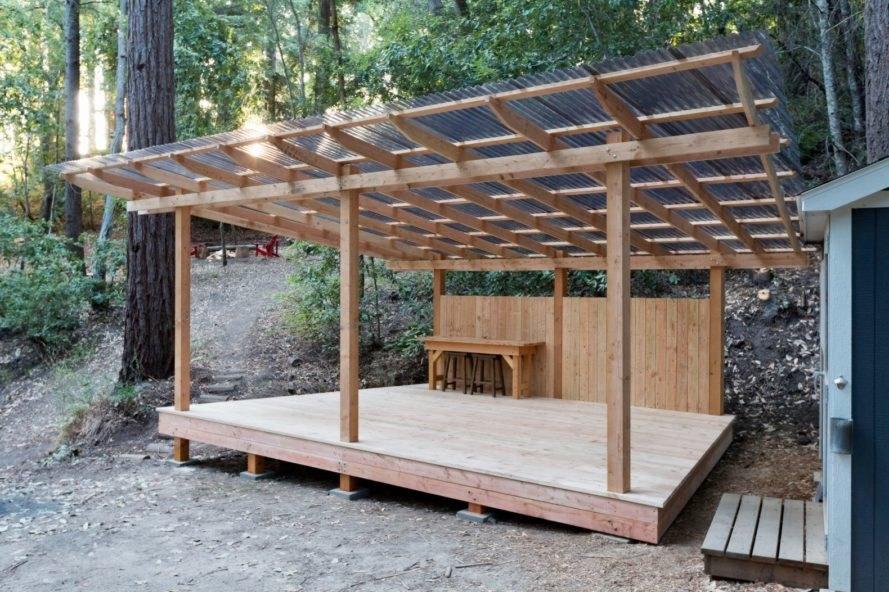 open air wooden structure with polycarbonate roof t