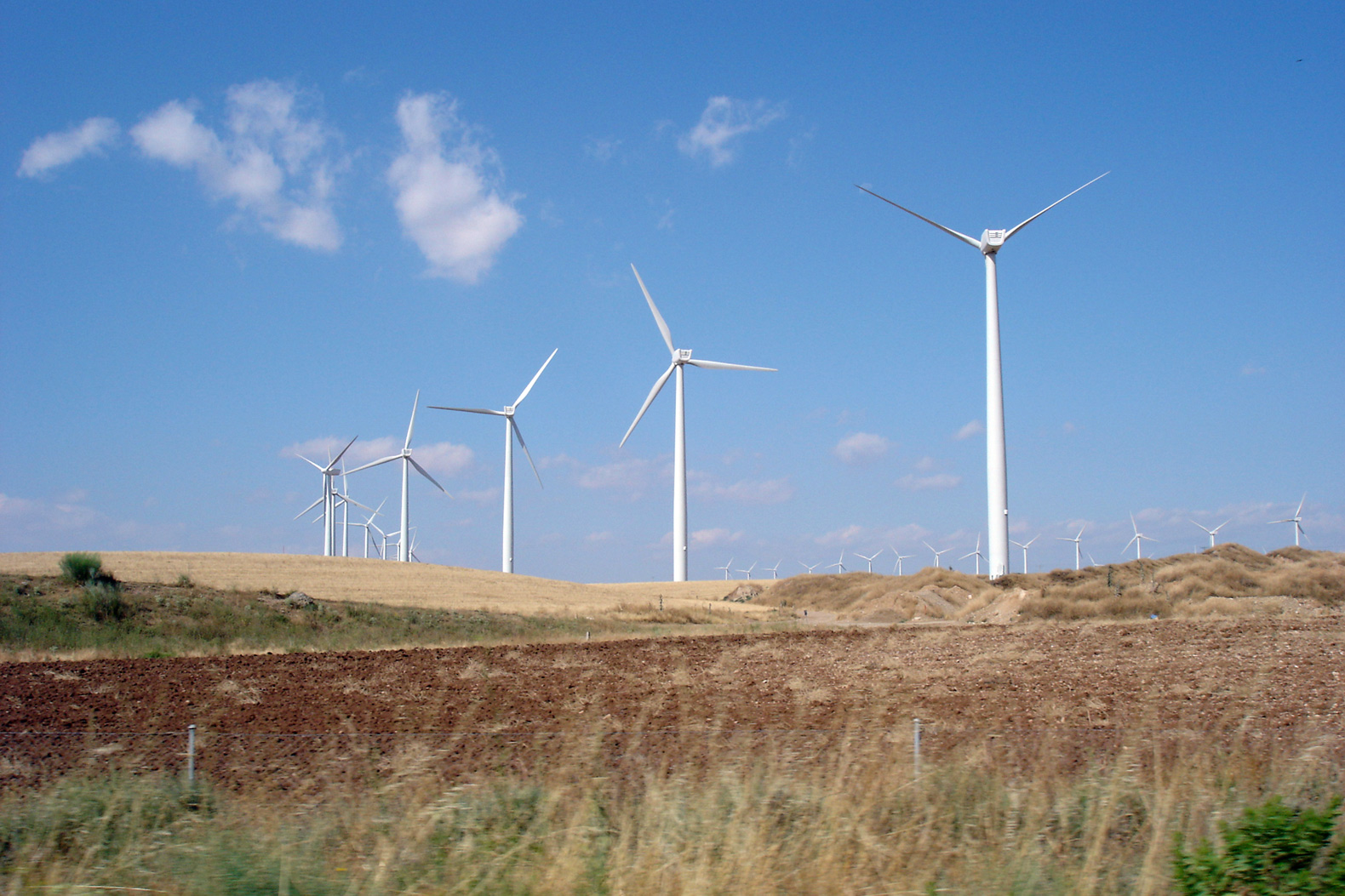 Spain launches plan for 100% renewable electricity by 2050