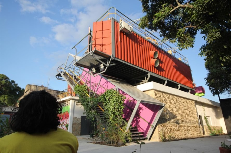 pink and orange shipping containers