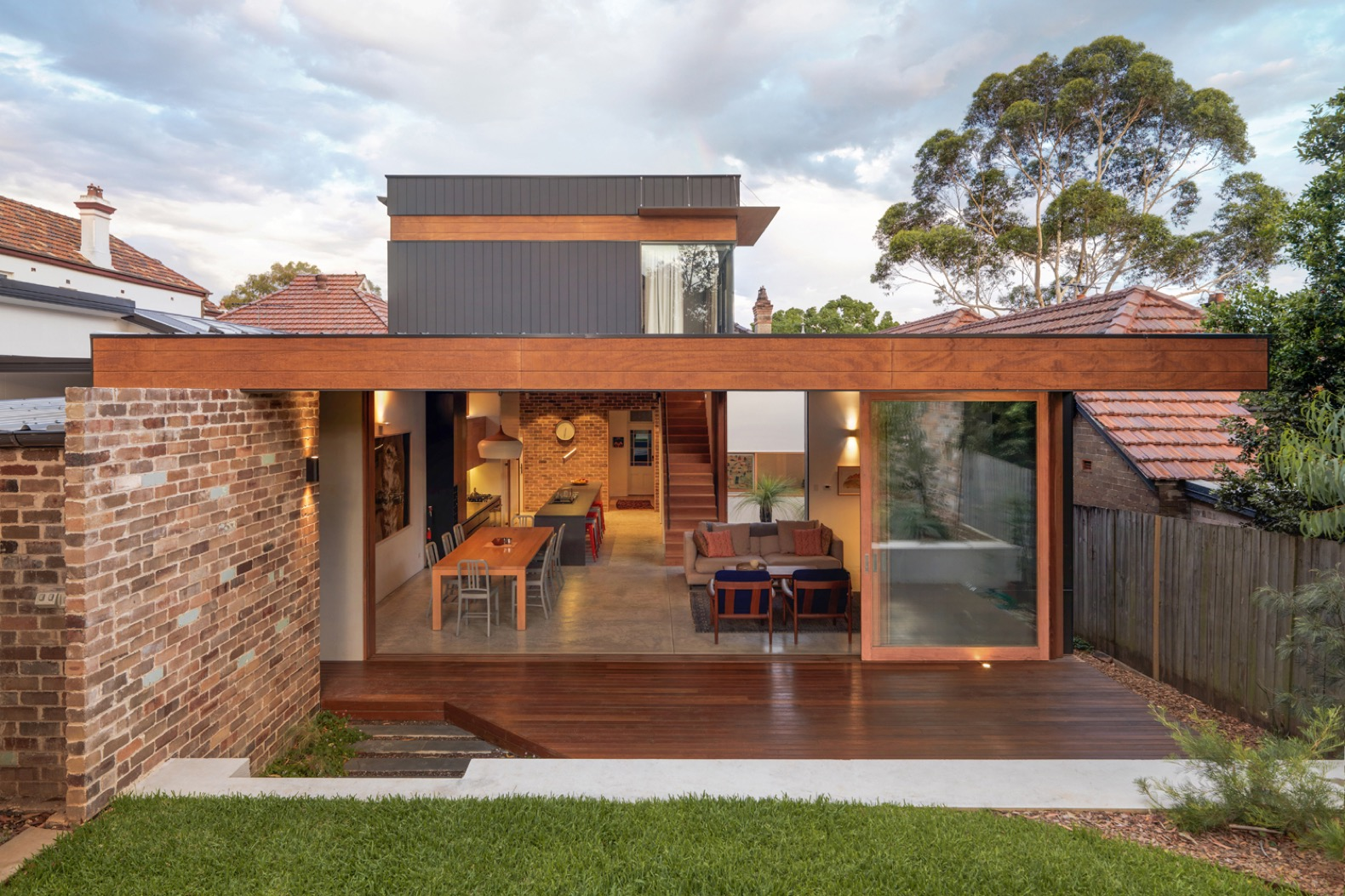 Anderson Architecture revamps a dim heritage home into a modern sun-soaked abode