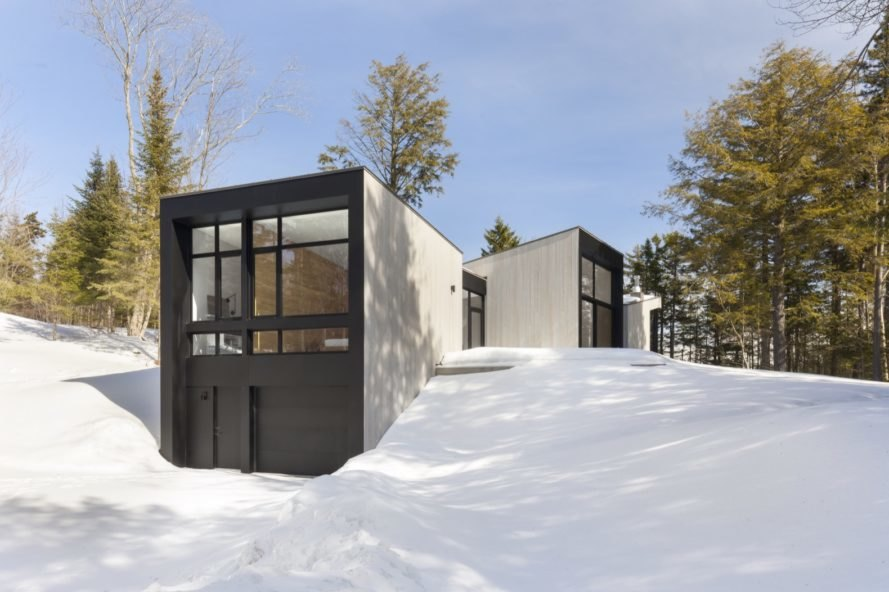 Minimalist Triptych House Pulls The Quebec Outdoors In Ecology Way