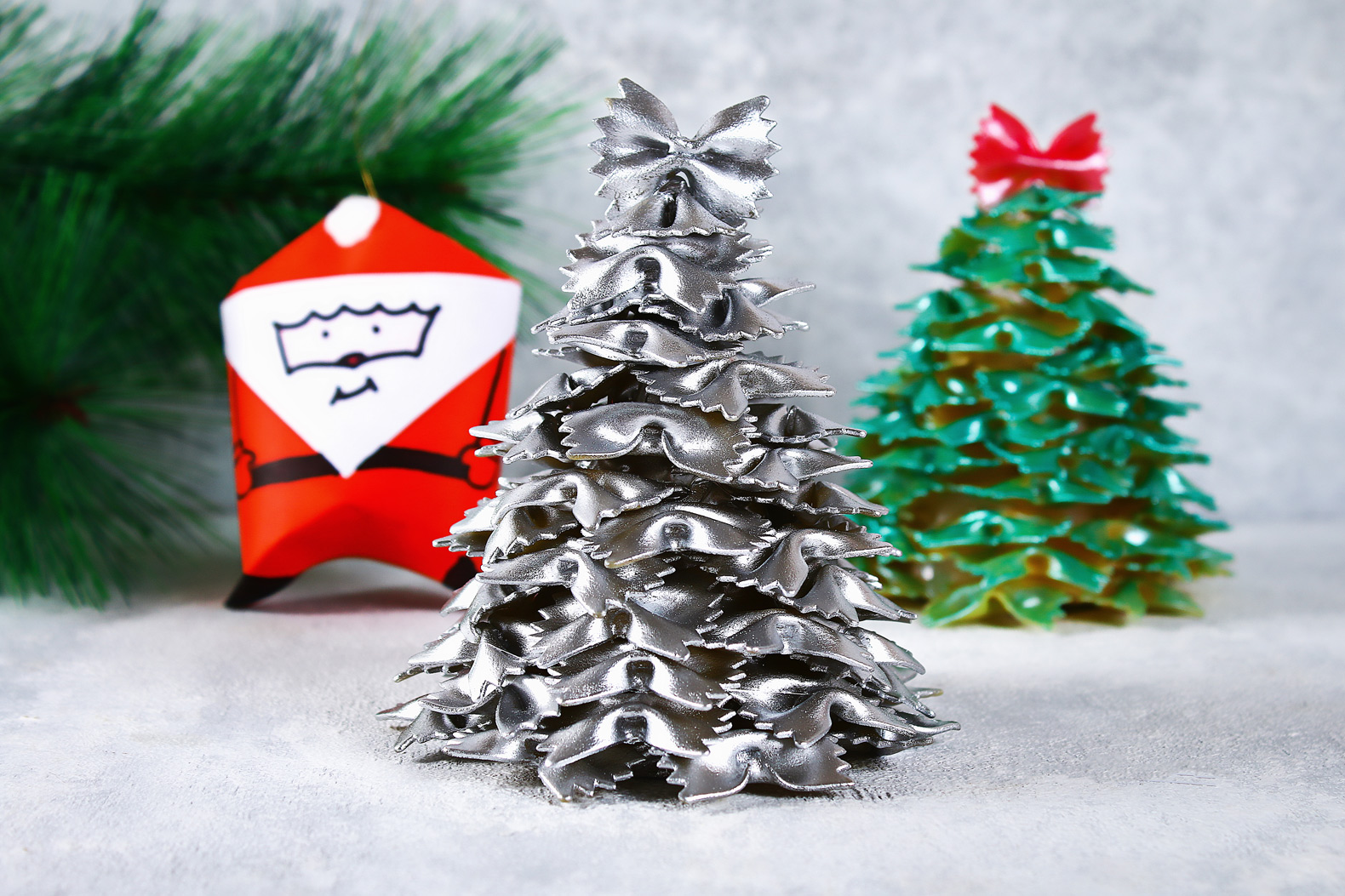 Simple DIY upcycled holiday decor