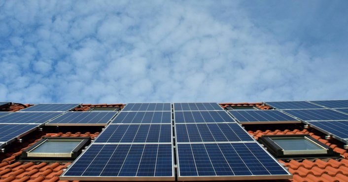 California approves rule to require solar panels on new houses