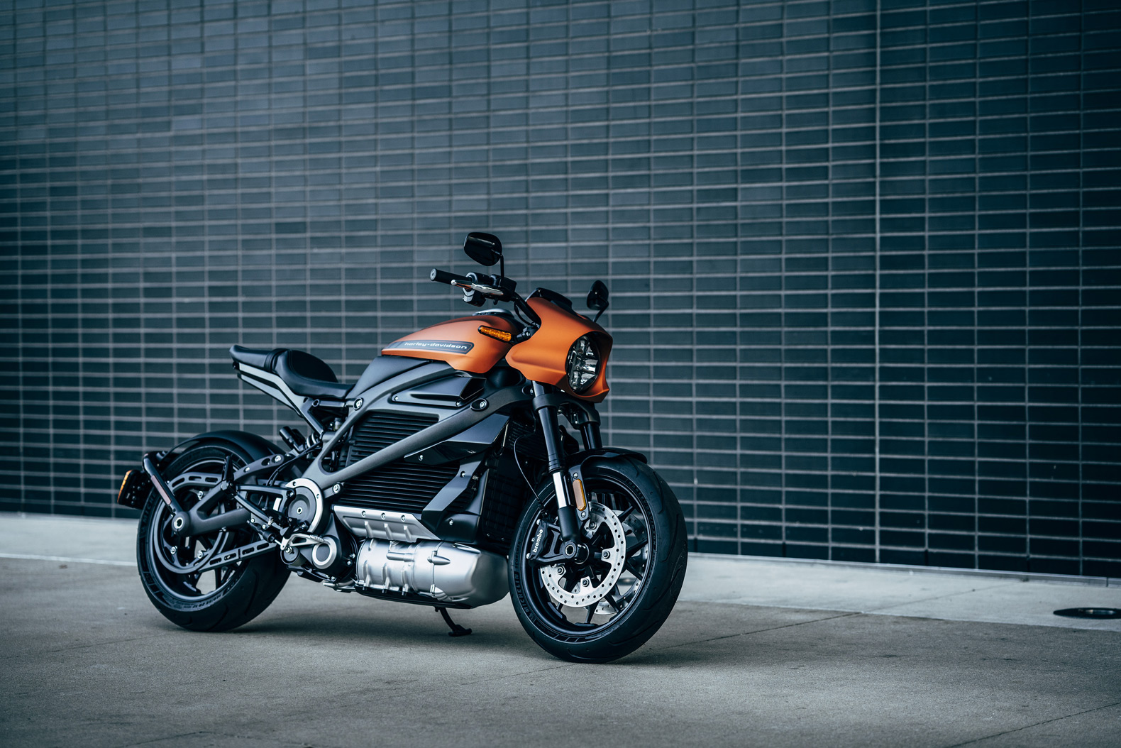 Harley-Davidson LiveWire electric motorcycle debuts at CES