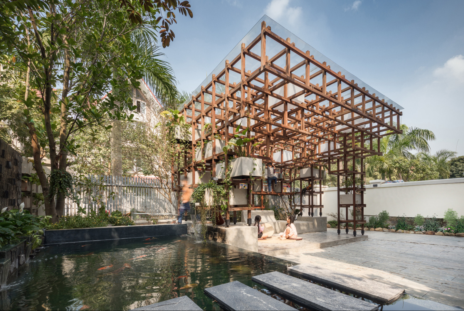 New library in Hanoi aims to show young children the benefits of aquaponics in an urban setting