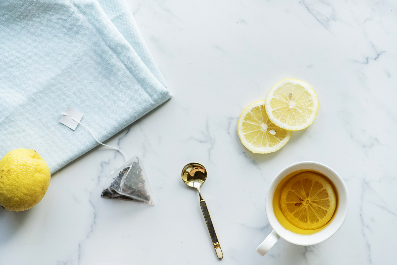 Kick your cold to the curb with these natural cold remedies