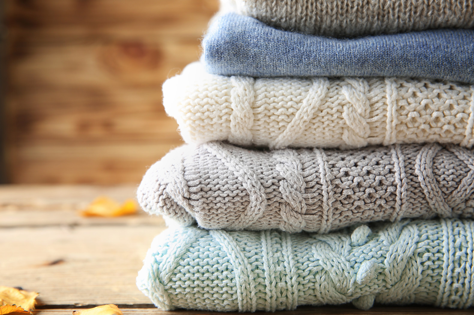 17 easy ways to upcycle worn out sweaters