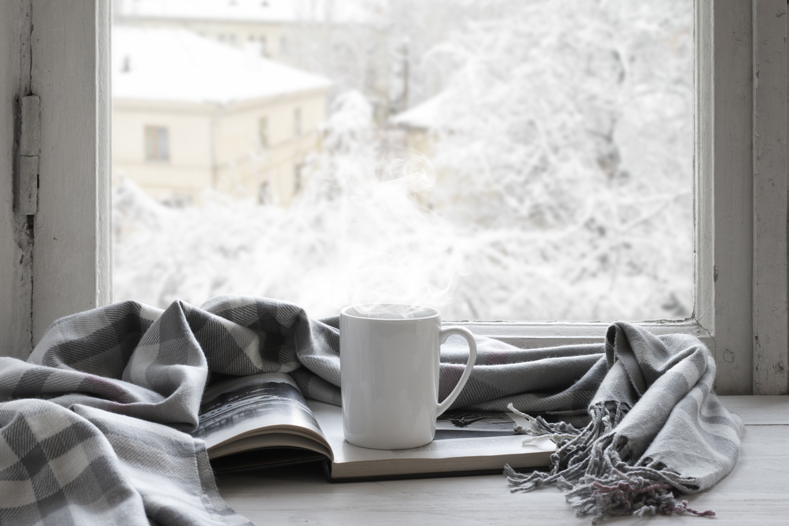 Get cozy this season with these 7 hot vegan drinks for winter