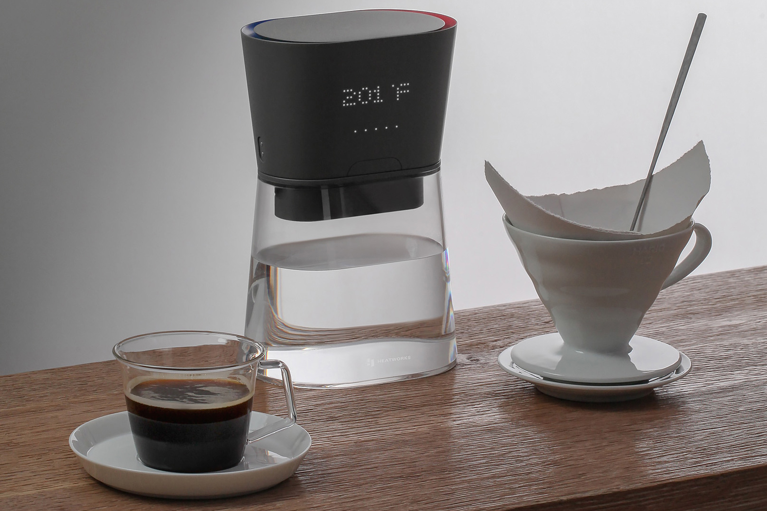 This on-the-go carafe heats or cools water instantaneously as you pour