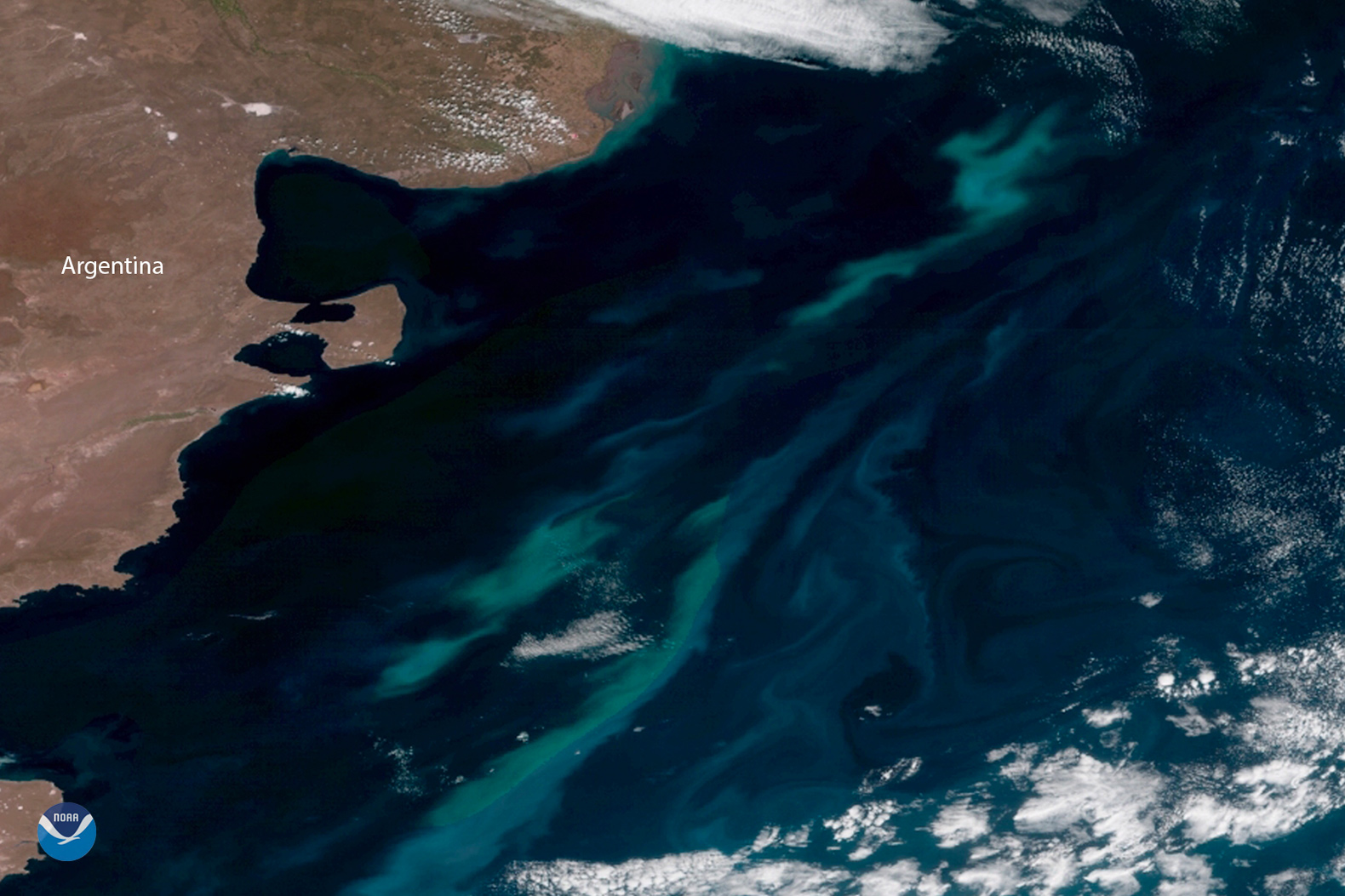 Climate change to change the color of the oceans over the next 80 years