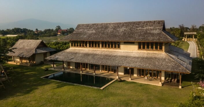 photo of Adobe brick combines with wood in a low-carbon villa in Chiang Mai image