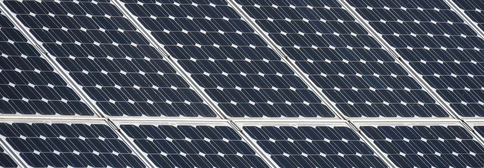 Scientists invent a solar panel that produces hydrogen