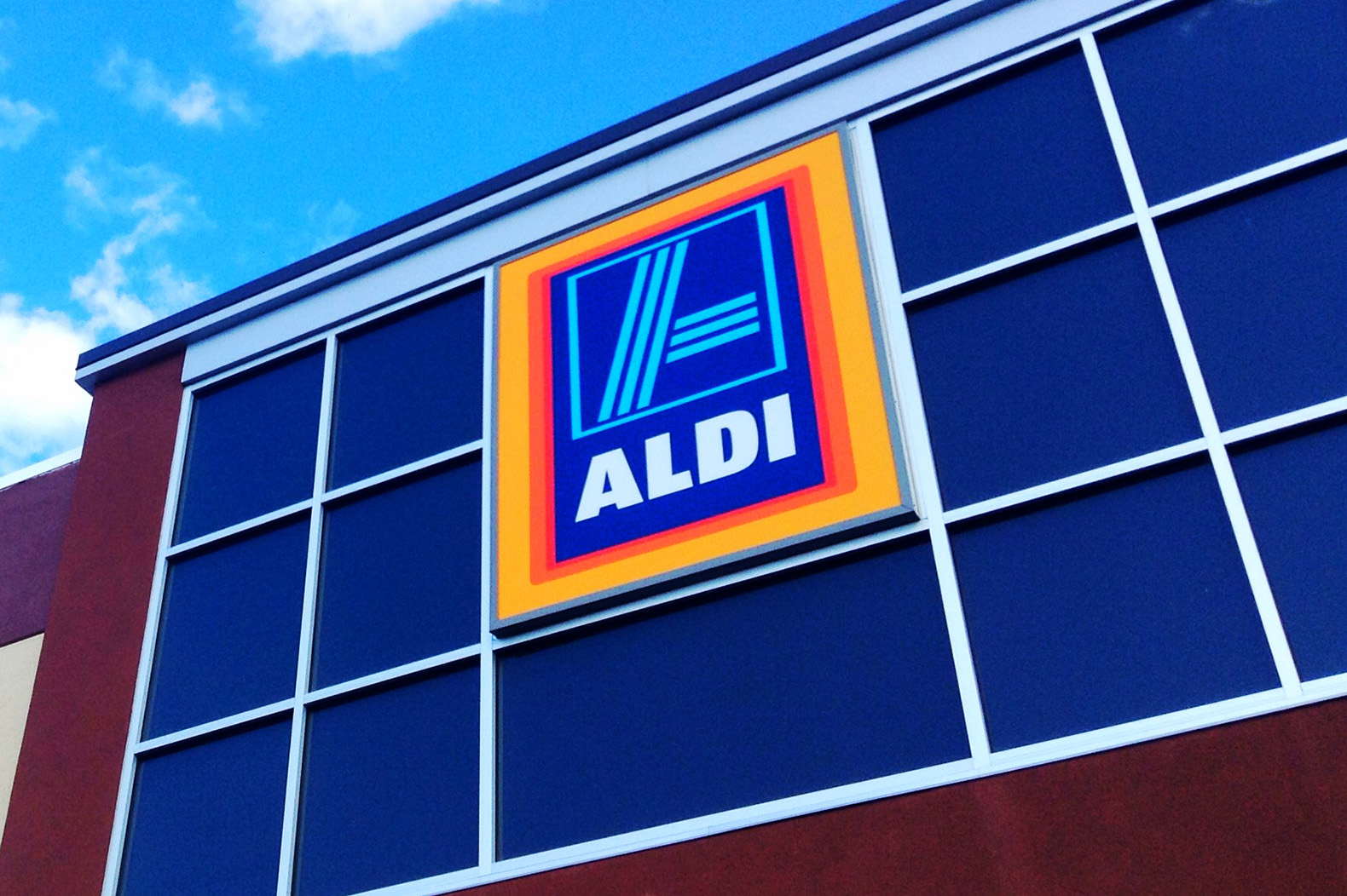 Grocery giant ALDI announces 100% sustainable packaging by 2025