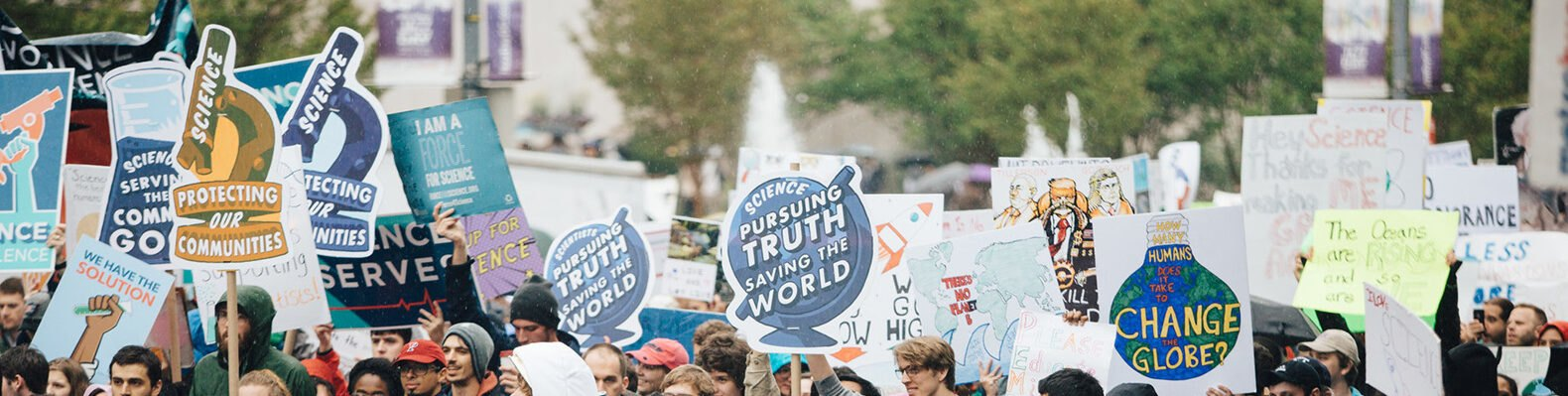 people marching at March for Science in Washington DC
