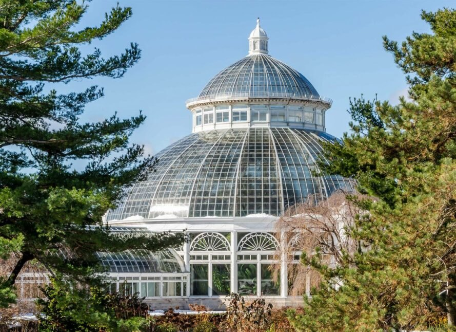 glass conservatory building at New York Botanical Garden