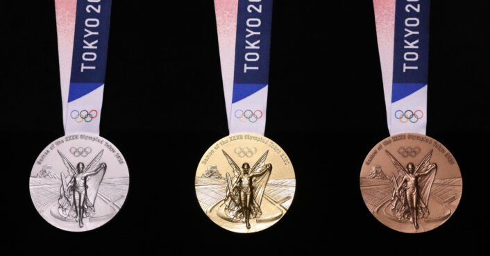 Tokyo's Olympic medals will be made from recycled phones