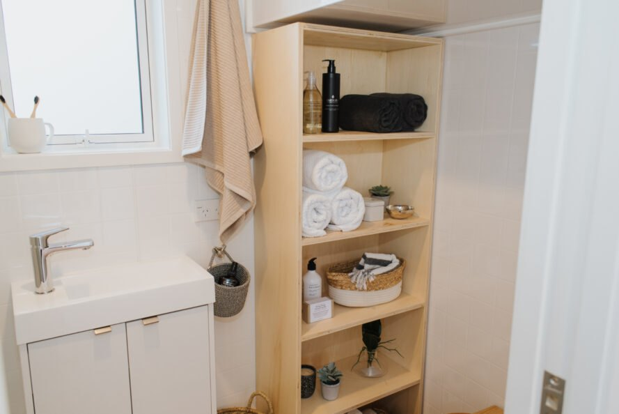 shelving in tiny bathroom